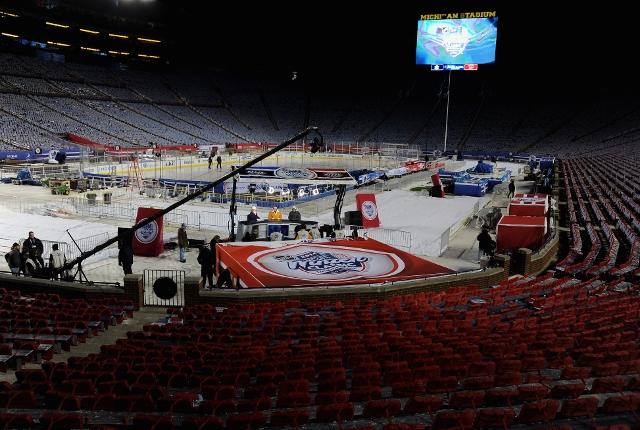 456493381VD00094_NHL_Live_f