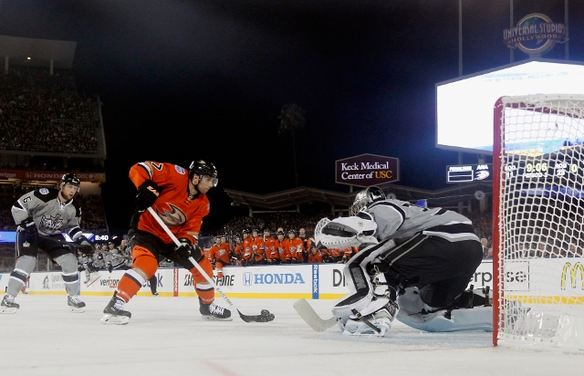 2014 Coors Light NHL Stadium Series - Anaheim Ducks v Los Angeles Kings