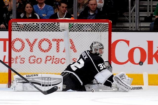 Noah Graham / National Hockey League