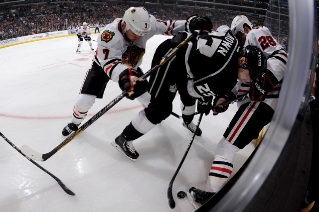 181113828NG014_BLACKHAWKS_KINGS.JPG