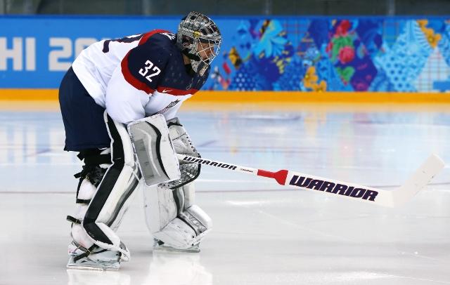 461426919MB00072_Ice_Hockey