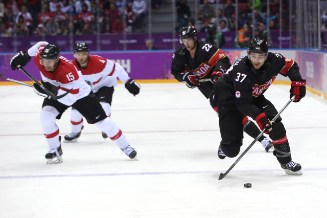 Ice Hockey - Winter Olympics Day 7 - Canada v Austria