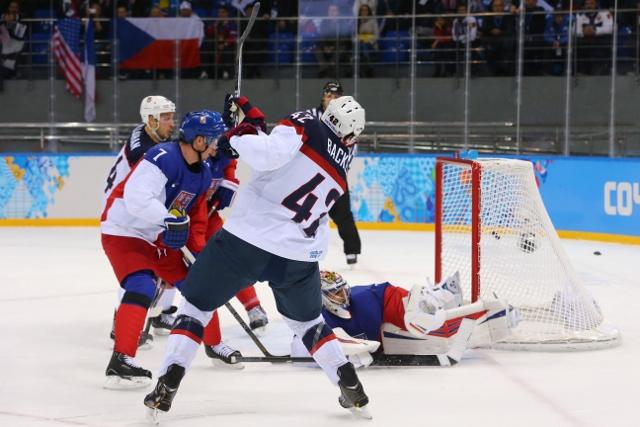 461427027JD00021_Ice_Hockey