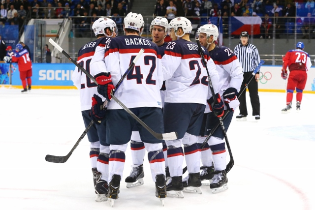 461427027JD00028_Ice_Hockey