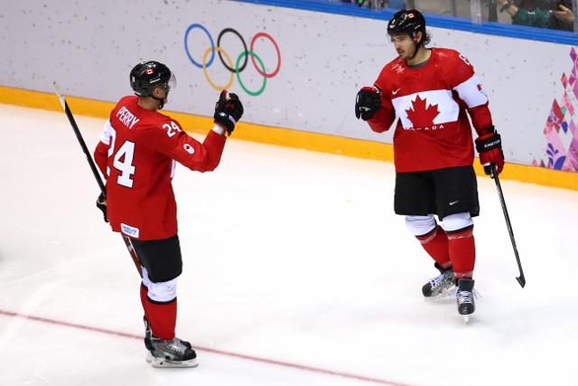 461426919KE00027_Ice_Hockey