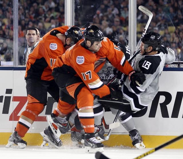 2014 Coors Light Stadium Series  Anaheim Ducks vs Los Angeles Kings