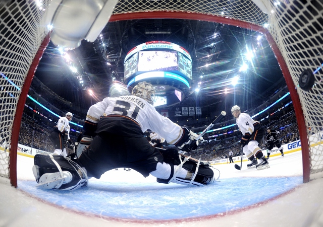 Anaheim Ducks v Los Angeles Kings - Game Three