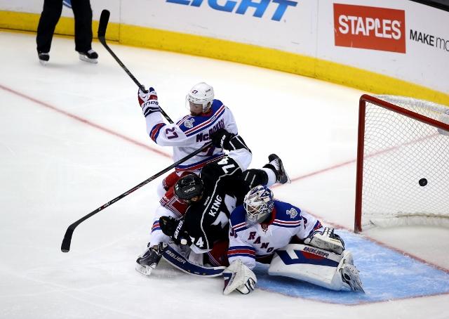495643055JH00054_2014_NHL_S