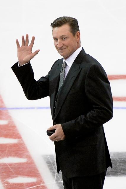 495642943JH00090_2014_NHL_S