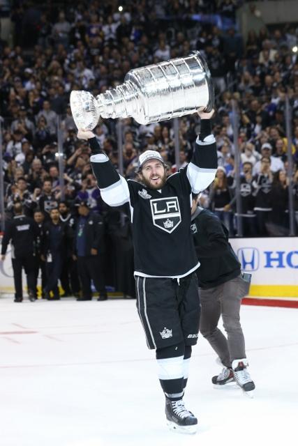 495643127MW00226_2014_NHL_S
