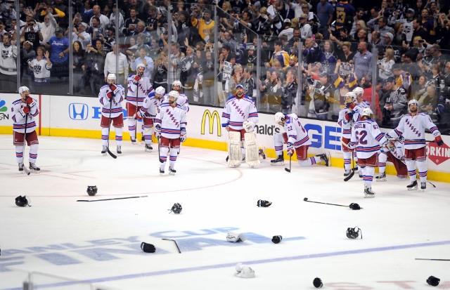 495643127MW00277_2014_NHL_S