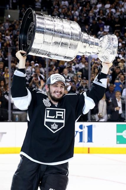 495643127MW00327_2014_NHL_S