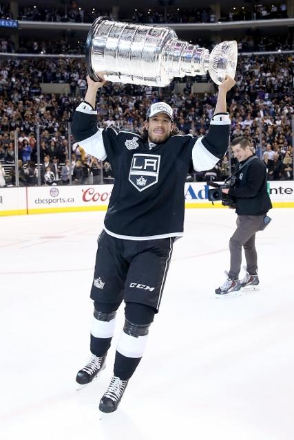 495643127MW00329_2014_NHL_S