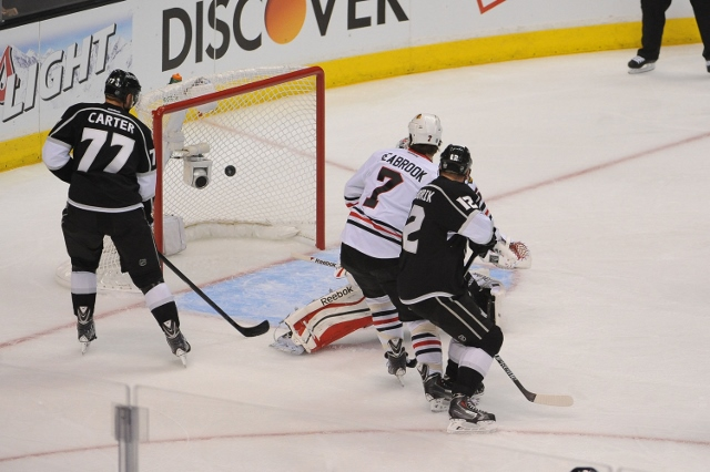 Chicago Blackhawks v Los Angeles Kings - Game Three