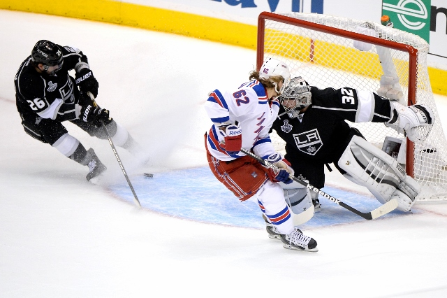 495642943MW00058_2014_NHL_S