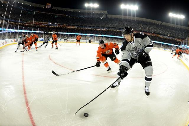2014 Coors Light Stadium Series - Anaheim Ducks vs Los Angeles Kings