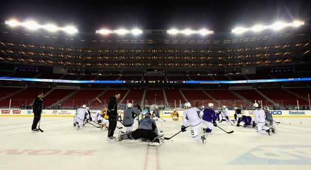 Dave Sanford / National Hockey League
