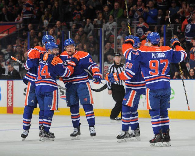 Andy Devlin / NHLI