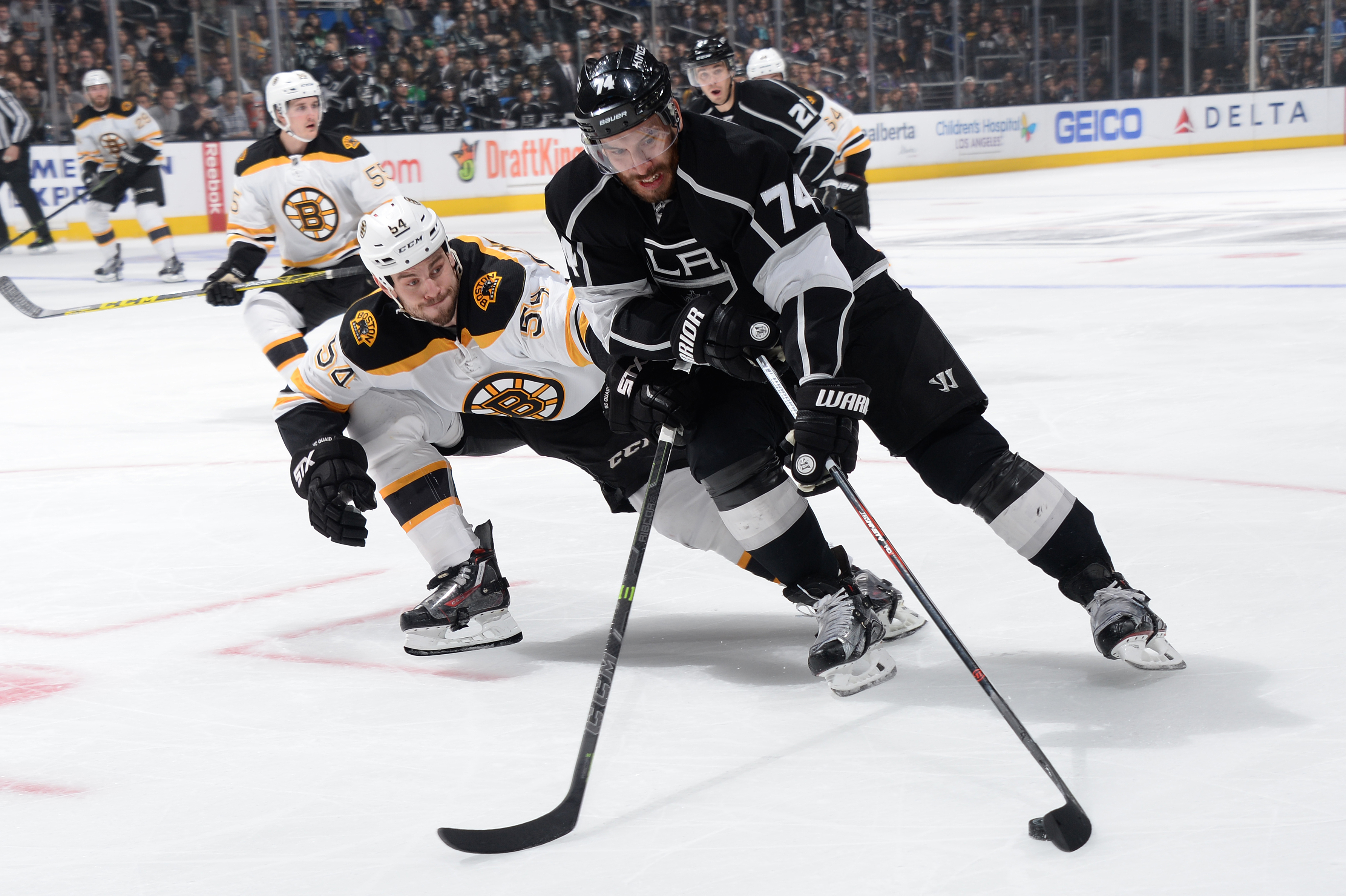 Boston Bruins v Los Angeles Kings