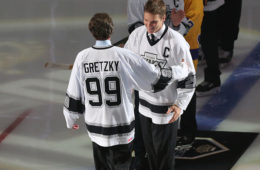 October 14, 2016: Los Angeles Kings Wayne Gretzky(l) hugs Luc Robitaille gets honored during the 50th anniversary celebration during the game against the Philadelphia Flyers at Staples Center in Los Angeles, CA. (Photo by Adam Davis/Icon Sportswire via Getty Images)