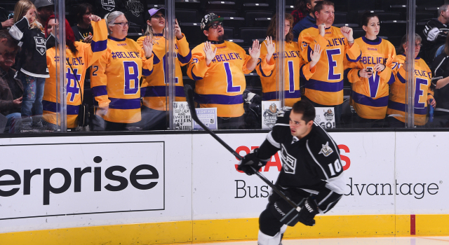 LOS ANGELES, CA - NOVEMBER 3:  Devin Setoguchi #10 of the Los Angeles Kings skates past a group of fans during warm ups prior to the game against the Pittsburgh Penguins on November 3, 2016 at Staples Center in Los Angeles, California. (Photo by Juan Ocampo/NHLI via Getty Images)