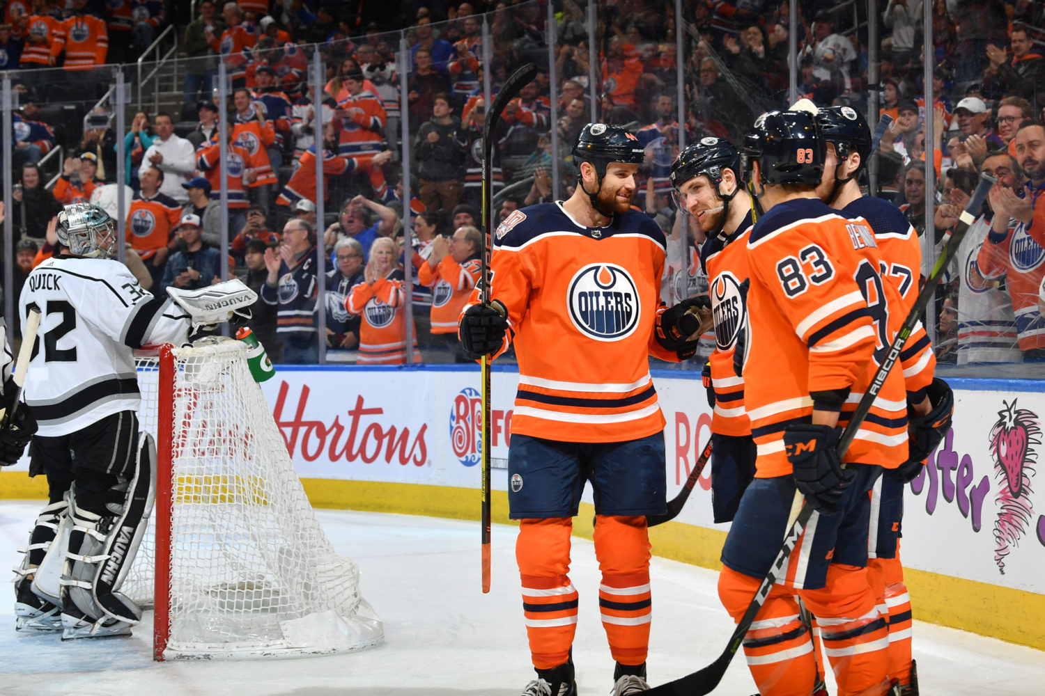 Oilers' Ryan Nugent-Hopkins nets hat trick in first period against Kings